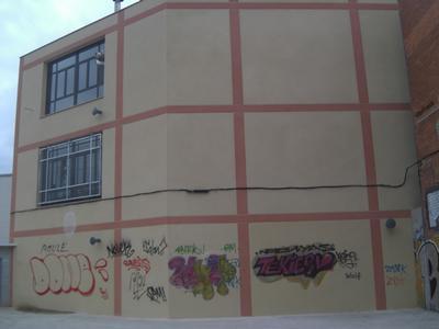 Façana al C/. Salamina, nº 37-41 (Hospitalet de Llobregat)