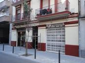 Façana al C/. Àngel Guimerà, nº 9 (Hospitalet de Llobregat)
