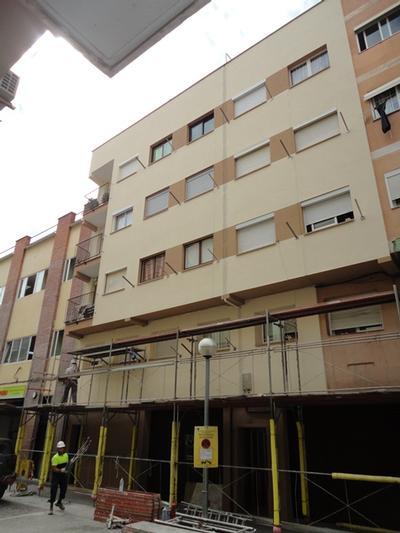 Aïllament Tèrmic de façanes C/. Pi i Margall, nº 17-19 (Hospitalet de Llobregat)