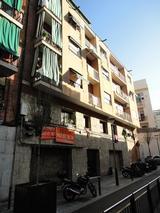 Façana i coberta al Passatge Toledo, nº 13-15 (Barcelona)