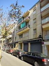 Informe de l'estat de conservació de la estructura i projecte de reforç puntual dels forjats de l'edifici del C/ Eduard Toldrà, nº 36 (Esplugues de Llobregat)