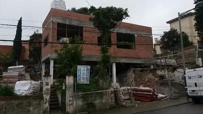 Reforma i ampliació d'un habitatge unifamiliar a l'avinguda Verge de Montserrat, nº 81 de la Floresta (Sant Cugat del Vallès)